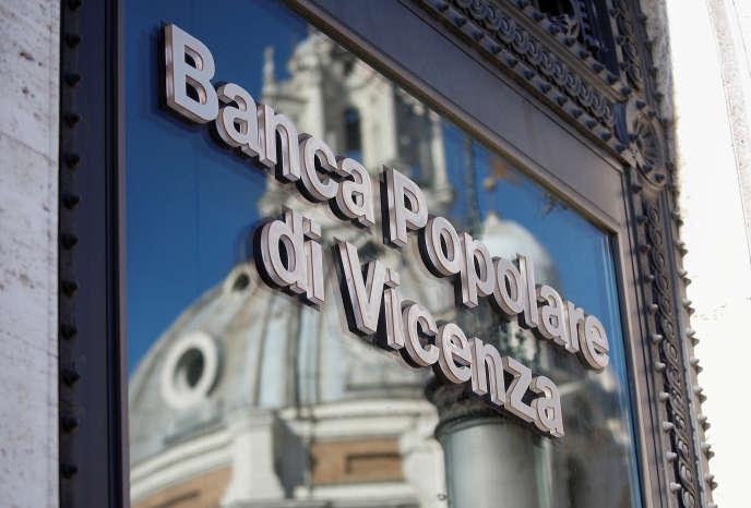 Le 25 juin, Banca Popolare di Vicenza et Veneto Banca, deux établissements vénitiens, ont été mises en liquidation, obligeant l'Etat à venir à leur secours.