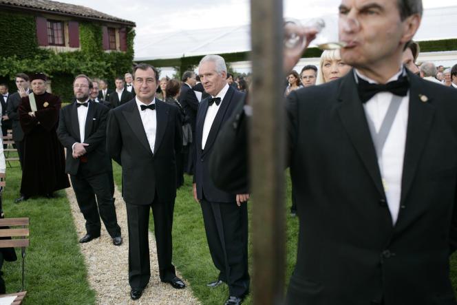 La Fête de la Fleur est organisée les années paires à Bordeaux et les années impaires dans un grand domaine viticole, comme ici, en 2007, au Chateau Smith Haut-Lafitte.