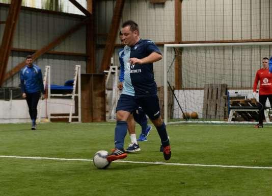 Stéphane Delalandre à l'entraînement lors d'une session de sensibilisation avec les joueurs professionnels du Havre.