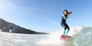 L'ancienne championne de France de surf, Amandine Sanchez.