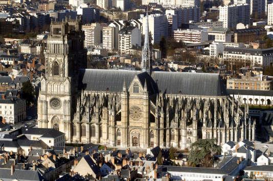 La Cathédrale Sainte-Croix, à Orléans.