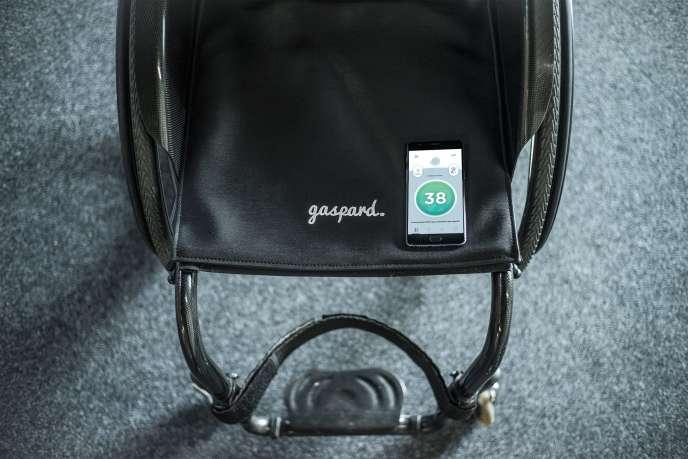 Le système Gaspard : un tapis truffé de capteurs qui restituent sur smartphone une cartographie des points de pression.
