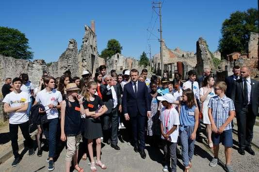 Emmanuel Macron lors du 73e anniversaire du massacre d'Oradour-sur-Glane, le 10 juin.