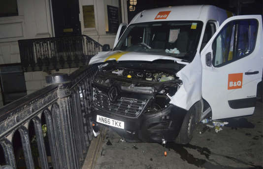 La camionnette ayant servi aux terroristes de Londres le 10 juin.