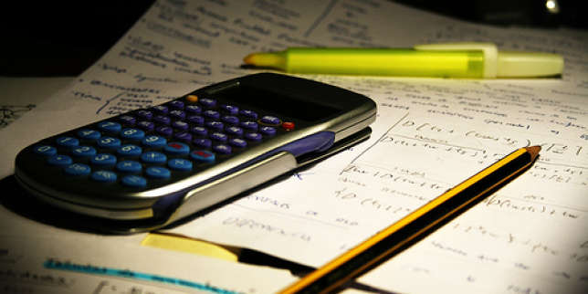 calculatrice campus fond sombre