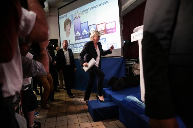 Marine Le Pen, à Hénin-Beaumont, après les résultats du premier tour des élections législatives, le 11 juin.