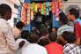 «Pravasalokam», diffusée par satellite en Inde et ailleurs sur la chaîne KairaliTV, est regardée chaque jeudi par des milliers de familles.
