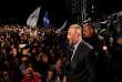 Ramush Haradinaj s'exprime devant ses partisans après les premiers résultats des élections législatives, à Pristina, le 12juin.