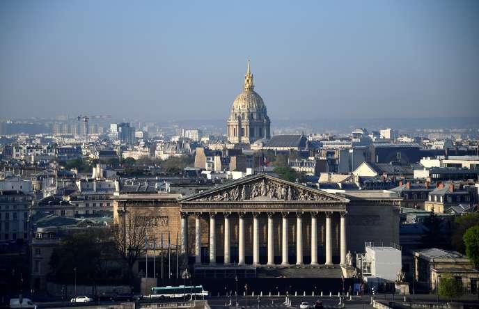 L'Assemblée nationale et le dôme des Invalides, à Paris le 9 avril.
