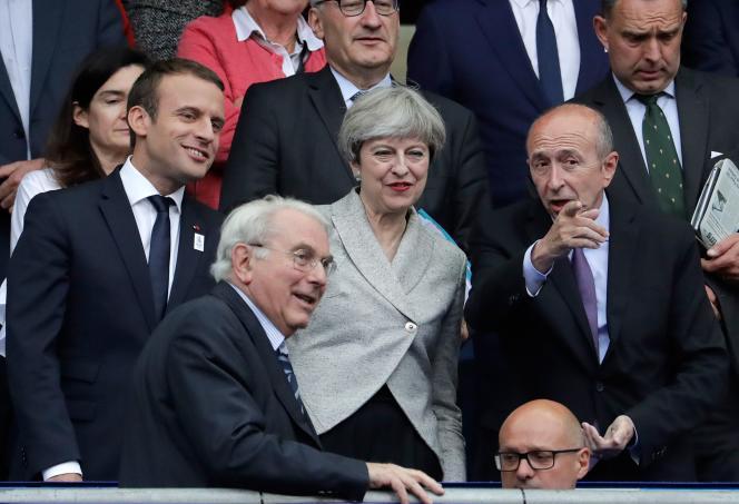 Le président Emmanuel Macron et la première ministre britannique Theresa May, le 13 juin au Stade de France.
