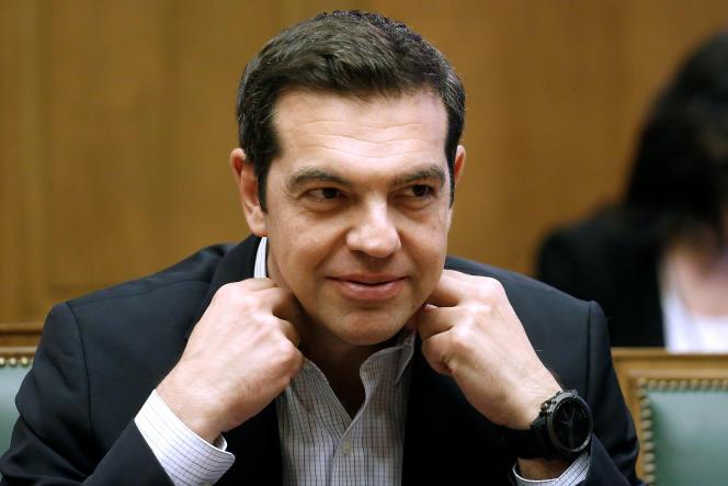 «Nous avons fait ce qui nous incombait et continuons toujours de marcher sur la voie européenne. La voie du respect des règles qui régissent notre maison commune. Nous attendons que nos créanciers en fassent de même» (Alexis Tsipras, le premier ministre grec, au Parlement à Athènes, mardi 13 juin).