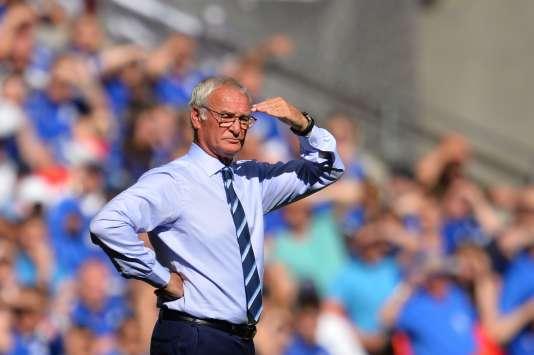 Claudio Ranieri, en août 2016, sur le banc de Leicester.