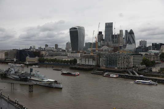 Le quartier d'affaires de la City à Londres vu de la Tamise, le 5 juin 2017.