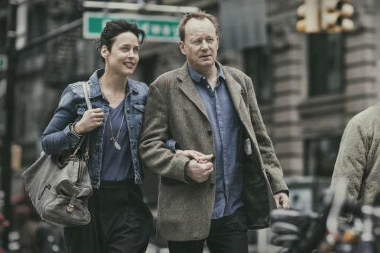 Susanne Wolff etStellan Skarsgard dans le filmallemand de Volker Schlöndorff,«Retour à Montauk» («Rückkehr nach Montauk»).