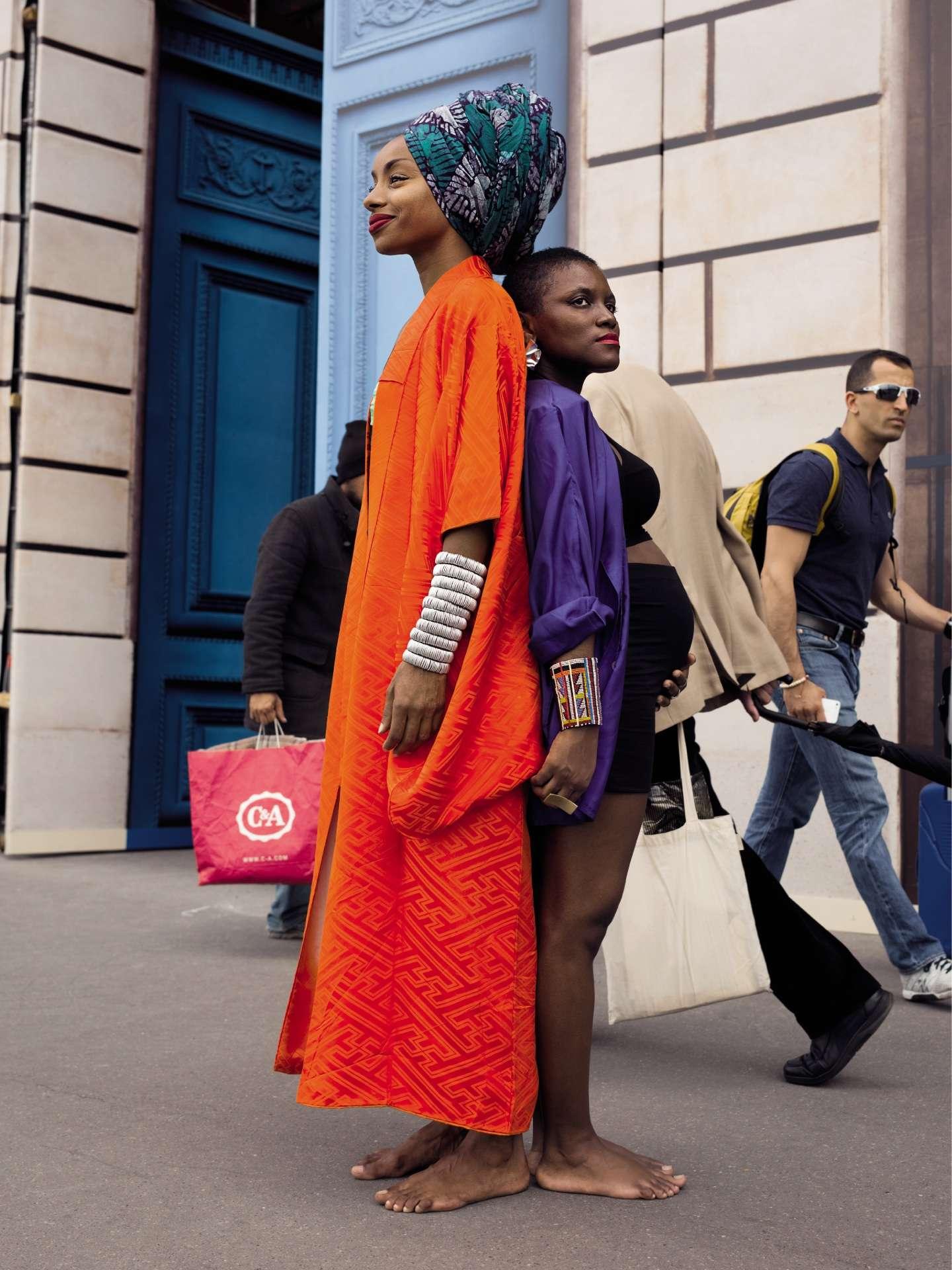 La styliste Catia Mota da Cruz (à gauche) et la photographe Prisca Munkeni Monnier ont créé le site BlackAttitude, devenu un magazine en version papier.
