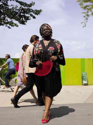 Auteure et militante féministe, Axelle Jah Njiké est engagée dans la lutte contre les mutilations sexuelles et les mariages forcés. Elle a créé les sites Me My-sex-And I puis Parlons plaisir féminin.
