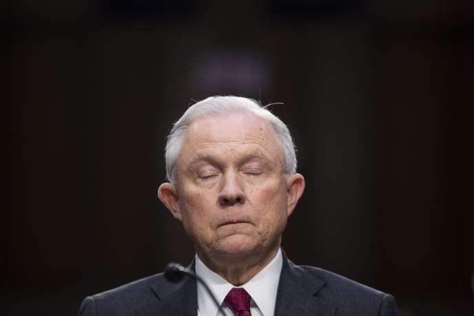 Jeff Sessions, l'«attorney general»des Etats-Unis, est entendu par la Commission du renseignement du Sénat, à Washington le 13 juin.