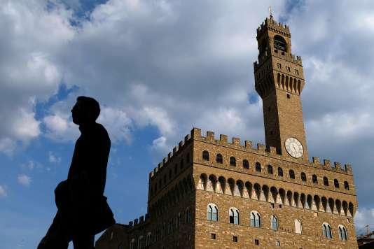 Devant le Palazzo Vecchio, à Florence.