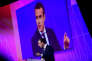 «Généralisant une possibilité ouverte par la loi Rebsamen, une disposition prévoit de réunir en un comité unifié les trois instances représentatives des salariés : le comité d'entreprise (CE), le comité d'hygiène, de sécurité et des conditions de travail (CHSCT) et le délégué du personnel (DP)». (Photo : Le président français Emmanuel Macron intervient lors de sa visite au deuxième salon Viva Technology, qui fait la part belle aux start-up, à la Porte de Versailles, du 15 au 17 juin. A Paris, jeudi 15 juin).