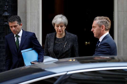 La première ministre britannique Theresa May, le 15 juin 2017 à Londres.