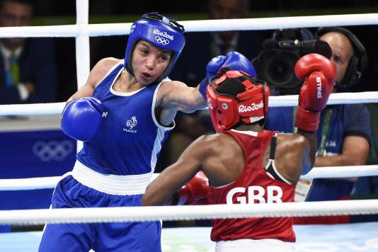 Sarah Ourahmoune lors de la finale (catégorie - 51kg) à Rio en août 2016.