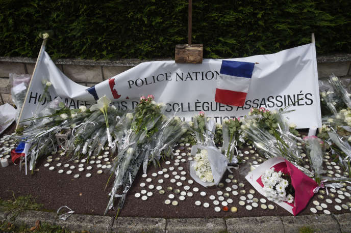 Hommage aux policiers assassinés le 13 juin 2016 à Magnanville (Yvelines).