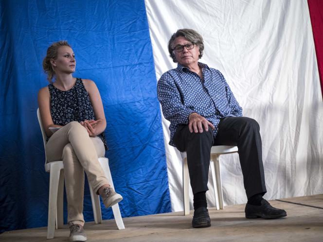 Gilbert Collard et Marion Maréchal-Le Pen, en meeting en Cailar (Gard), le 14 juin.