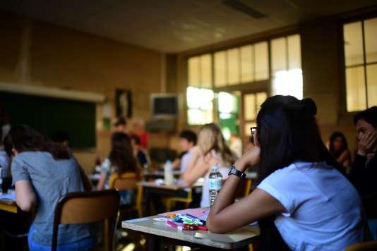 Epreuve de philosophie dans un lycée parisien, le 15 juin.