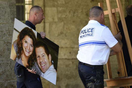 Lors de l'hommage à Jean-Baptiste Salvaing et sa compagne Jessica Schneider, assassinés à Magnanville (Yvelines), le 20 juin 2016.