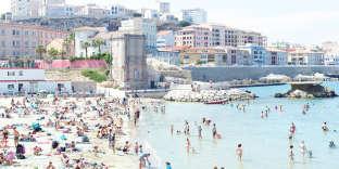La plage des Catalans.