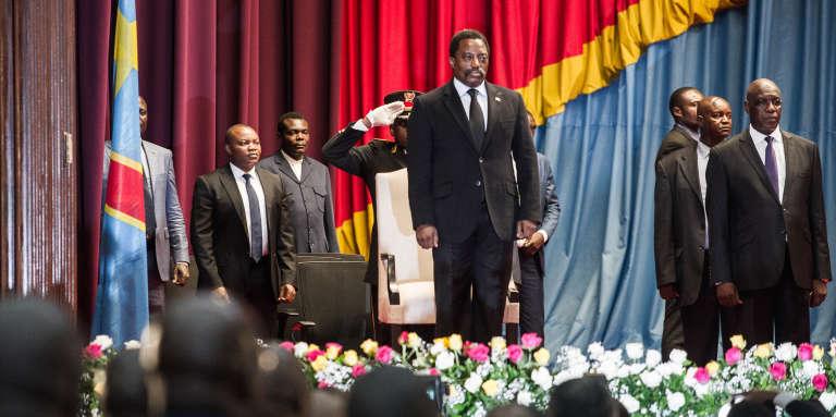 Le président congolais Joseph Kabila (ici à Kinshasa le 5 avril 2017) est toujours au pouvoir bien que son mandat se soit achevé le 19 décembre 2016.
