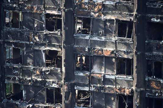 La tour Grenfell a été détruite par un incendie dans l'ouest de Londres, le 16 juin 2017.