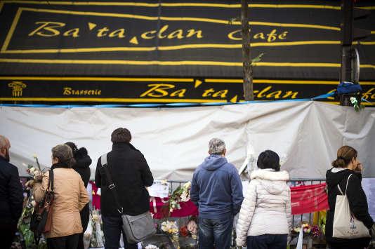Hommage aux victimes de l'attaque du Bataclan, le 23 novembre 2015.