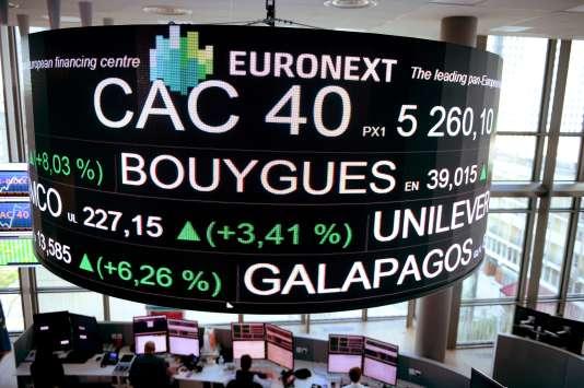 L'âge moyen des administrateurs du CAC 40 a été ramené de 58 ans en 2016 à 56 ans en 2017 selon « L'Hebdo des AG ».