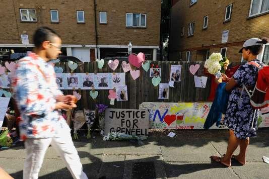Dans le quartier de Kensington, à Londres, le 17 juin.