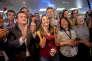 Les sympathisants de La République en marche à l'annonce des résultats du second tour des législatives, à Paris le 18 juin.