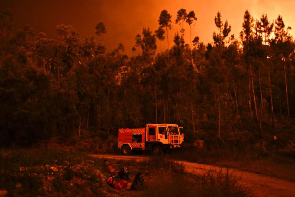« C'est sans doute la plus grande tragédie que nous ayons connue ces dernières années sur le front des incendies de forêt », a déclaré le premier ministre portugais Antonio Costa.