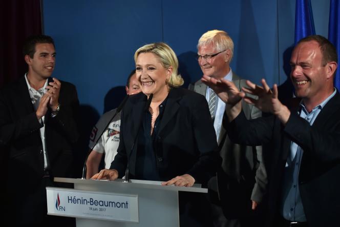 Marine Le Pen, à l'annonce de sa victoire aux législatives, à Hénin-Beaumont, le 18 juin.