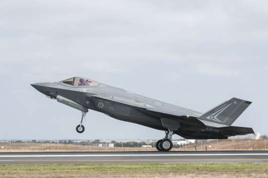 Un F-35 de la Royal Australian Air Force au décollage, le 3 mars 2017.