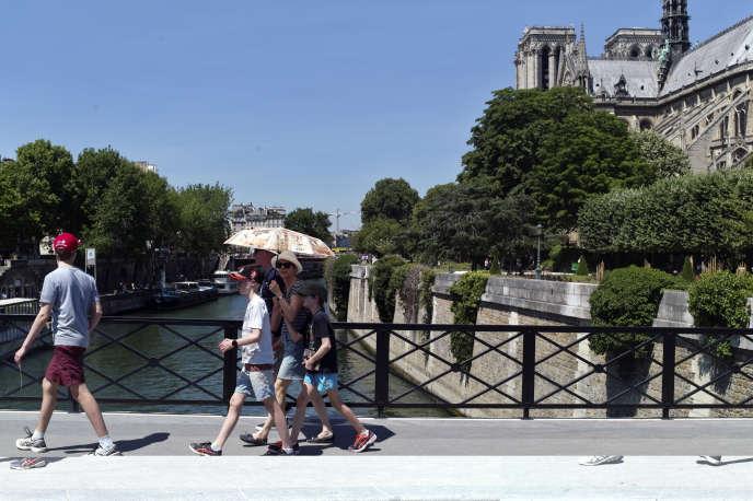 Canicule à Paris, le 19 juin.