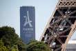 Le logo Paris 2024 sur la tour Montparnasse.
