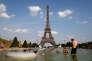 «Ce ne sont pas Denain, Argenton-sur-Creuse, Saint-Michel-sur-Orge ou Châteauroux qui vont profiter de telles mannes mais bien Paris, Deauville, Saint-Tropez et les grandes métropoles.»