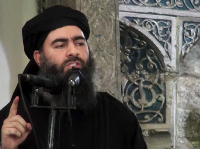 Abou Bakr Al-Baghdadi, le chef de l'EI, dans une vidéo diffusée le 5 juillet 2014.