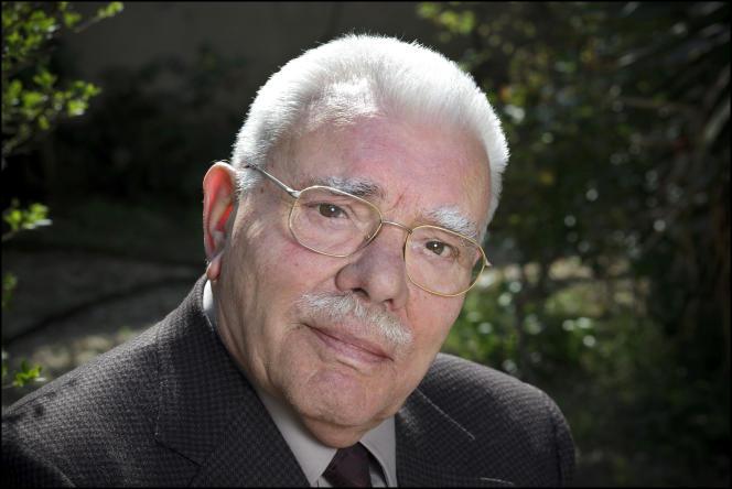 Enseignant et traducteur, Régis Boyer a consacré de nombreux livres à l'histoire desVikings.