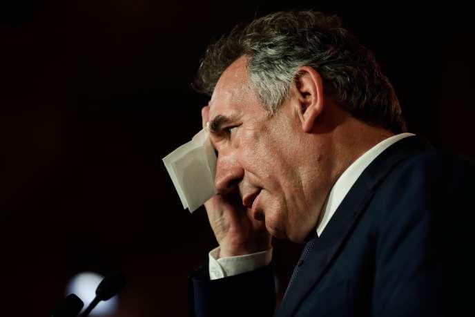 Le parti de François Bayrou est visé par une information judiciaire ouvertepour « abus de confiance », recel de ce délit et « escroqueries ».