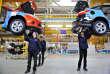 Des employés assemblent des voitures dans l'usine Ford située à Chongqing (Chine). La nouvelle Focus y sera fabriquée.
