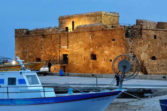 Le fort de Paphos situé sur le port de la ville.