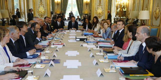 Premier conseil des ministres du gouvernement Edouard Philippe 2, dans à l'Elysée, le 22 juin, juste avant le conseil des ministres.