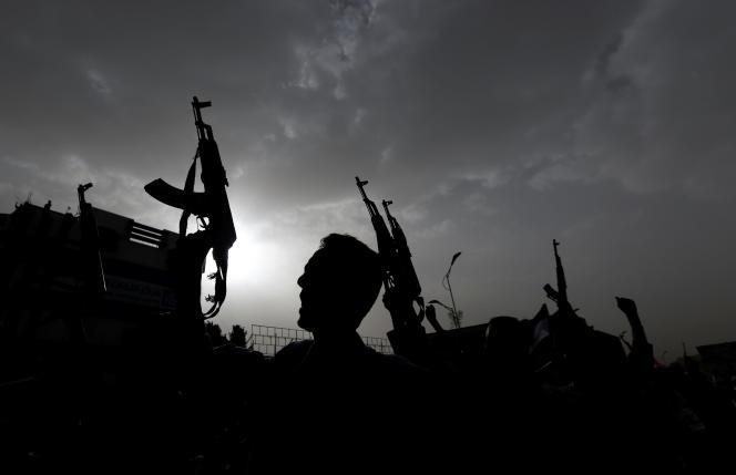 Des partisans des rebelles houthistes à Sanaa, au Yémen, le 23 juin.