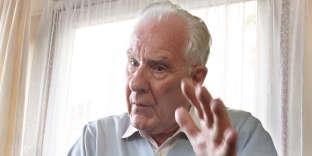 Le philosophe Alain Badiou, en 2008.